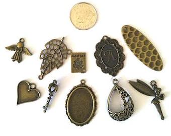 Amazing lot- Mix 10pcs antique bronze finish metal pendants-6108K