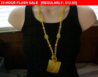 Yellow shell bead necklace, vintage necklace, statement necklace, estate jewelry