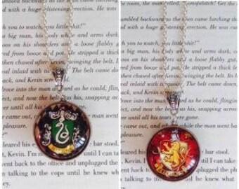 30mm Large Double Sided Harry Potter Hogwarts Slytherin and Gryffindor Pendant Necklace