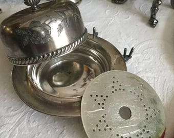 Wilcox/Meriden England Silverpkate Cheese/Butter Dis and Domed Lid