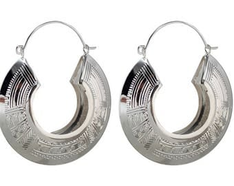 Large earrings ethnic round silver metal