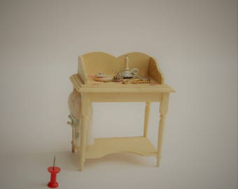 Dressing table 1:12