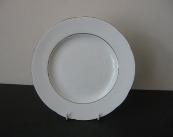 Vtg PARAGON CLASSIC Bone China White & Platinum Rims Salad Plate