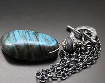 Labradorite necklace, short choker necklace, oxidized sterling pendant necklace, handmade toggle necklace, statement gemstone necklace, OOAK