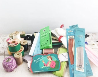 SUMMER SALE Cool Vintage Sewing Lot