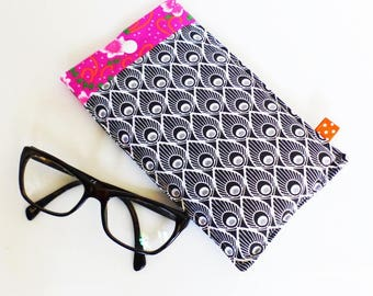 Glasses case made of fleece patterns of black and White Peacock and pink flowers and orange feathers