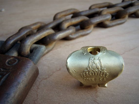 Antique Key Ring  |  Size 4.5 Ring  |  Eagle Brass  |  Jewelry  |  Vintage  |  Skeleton Key Ring  |  Powder Coated