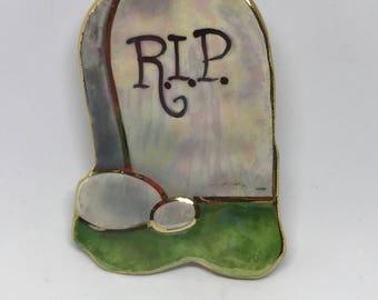 Gravestone Pin