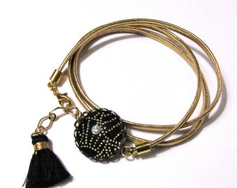 Bracelet cabochon link and leather tassel, gold and black Japanese paper