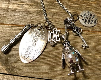 """Porg From Star Wars, """"The Last Jedi"""" Movie. Charm Necklace In Antique Silver Tone."""