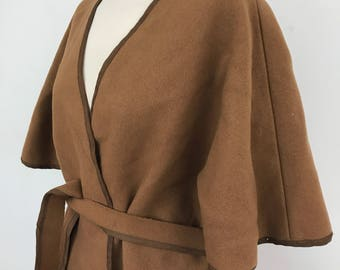 Vintage wool cape Mod 1970s UK 12 14 vintage belted poncho coat jacket camel 70s felt wool
