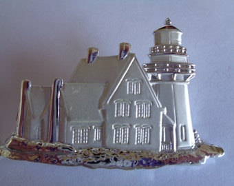 Vintage Signed JJ Silvertone/Matt House/Lighthouse Brooch/Pin