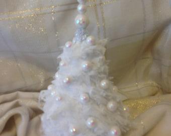 Precious White Lace Table Top Christmas Tree