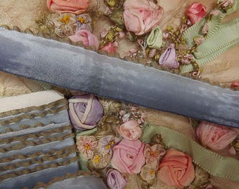 FRENCH Antique 1920's Era BLUE OMBRE Ruffled Lettuce Metallic Edge Ribbon Trim Half yard