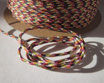 1 m of multiple strands of 1.5 mm (151) cotton thread
