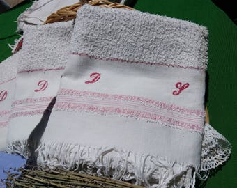 3 Antique French White Cotton Bath Towels Red Monogram Hand Embroidered Fringed Towels #sophieladydeparis