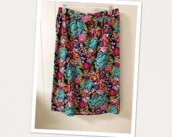 Art Gallery Fabric Knit Skirt/ Pencil skirt with elastic waist/ local customers code FREESHIP if picking up/Buy 3 get 10% off