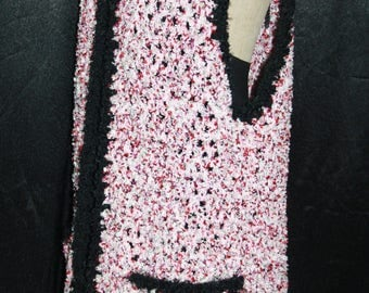 long vest with 2 large pockets