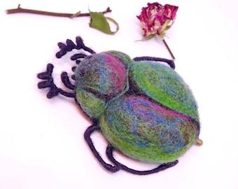 Brooch Brooch Beetle from wool Handmade