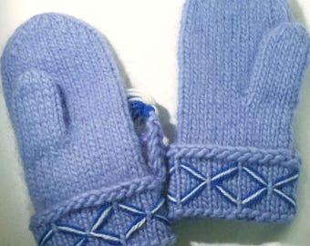 Genuine swedish Lovikka mittens. Scandinavian design According to swedish tradition. Handcraft. Kids 6-9 y folklore christmas gift