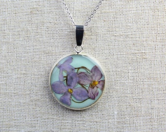 Real Flower Necklace - Lilac in 25mm Pendant