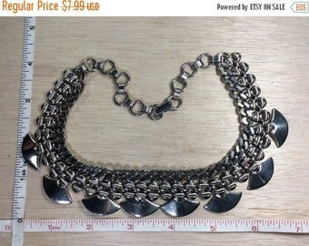 """10% OFF 3 day sale Vintage 15"""" Silver Toned Chain Link Necklace Used"""