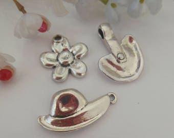 set of 3 metal charms