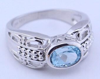 Blue topaz oval Ring 7