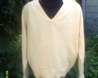Mens Vintage Yellow Lambswool Sweater, size Lg, Made in USA by LL Bean, Mens Yellow V Neck, Mens Wool Sweater Lg, Mens Yellow Sweater