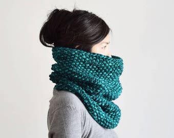 Wool Cowl, Chunky Knit Scarf, Wool Knit Scarf, Winter Scarf, Men's Cowl Scarf