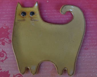 Cat spoon rest. Ceramic cat plate. Cat soap holder. Cat dish. Cat ring holder. Yellow cat jewelry holder. Ginger cat spoon rest