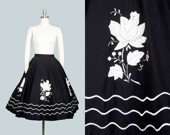 Vintage 1950s Circle Skirt | 50s Rose Embroidered Cotton Black Floral Print Swing Skirt (small)