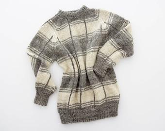 Vintage wool sweater // handmade gray geometrick chunky knit jumper