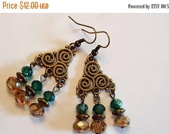 15%OFF Gold and Green Antique Gold Chandelier Earrings