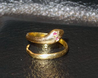 Snake Ring 18K Solid Gold Serpent with Ruby Eyes Vintage Egyptian Revival