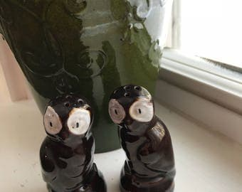 Vintage Owl Salt and Pepper Shaker Set // Made in Japan // Brown Owls // Cute Salt and Pepper Shakers