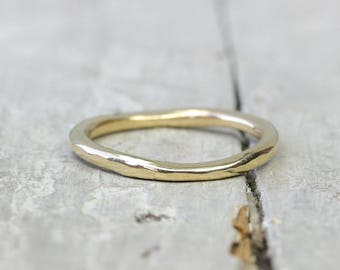 Gold stacking ring polished, light hammer, Forged collection ring, 2 mm, 333 yellow gold, 8k, organic form