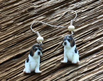 Set of 2 beagle earrings: beagle dog earrings, beagle jewelry, hound dog earrings, hunting dog earrings, dog jewelry, Christmas dog earrings