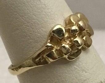 Vintage 10kt Gold Nugget Ring. Size 4