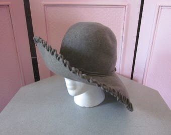 "1960s Banker's Gray Floppy Brim Hat by ""Mouchoir"""