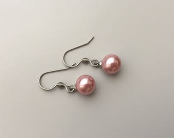 Earrings with pink pearls, everyday jewelry