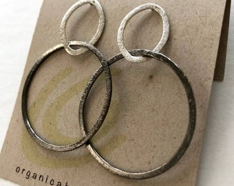 Modern form earrings