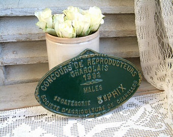 French vintage forest green wall sign. Award plaque. Dark green and gold. French country. Agricultural prize. Rustic farmhouse.