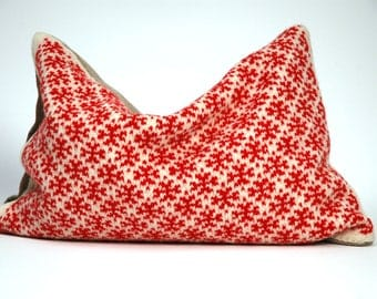 Ethnic Pillow Cushion Cover Decorative Sofa Pillows Hand knitted woolen/linen pillow Cover Aztec Pillow Couch 12x16''/30x40cm Red White