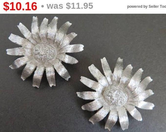 Silvertone Flower Earrings, Signed Brooks Earrings, Vintage Clip on Earrings, FREE SHIPPING