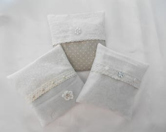 Lavender SACHET: 3 mini removable cushions filled with Lavender - Shabby Chic White