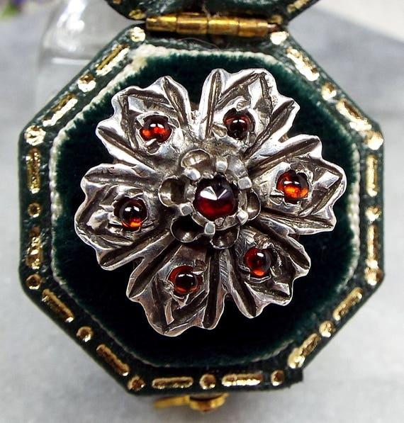 Antique Georgian 15ct Gold & Sterling Silver Statement Garnet Flower Ring Size K