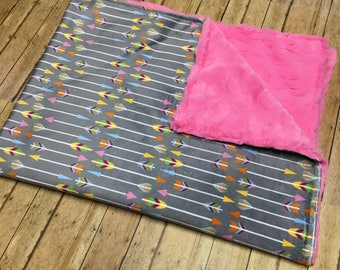 Minky baby blanket, Baby Blanket, Minky Blanket, Arrow blanket, Arrow baby blanket, Baby girl Blanket
