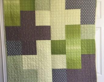 Cot / Crib Quilt. Play mat. Handmade kids throw. Unisex Cot Quilt