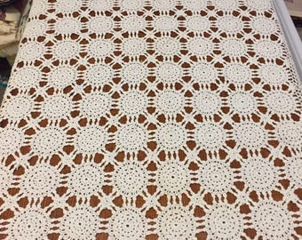 Vintage Rectangular Crocheted Lace Table Cloth 58 x 41